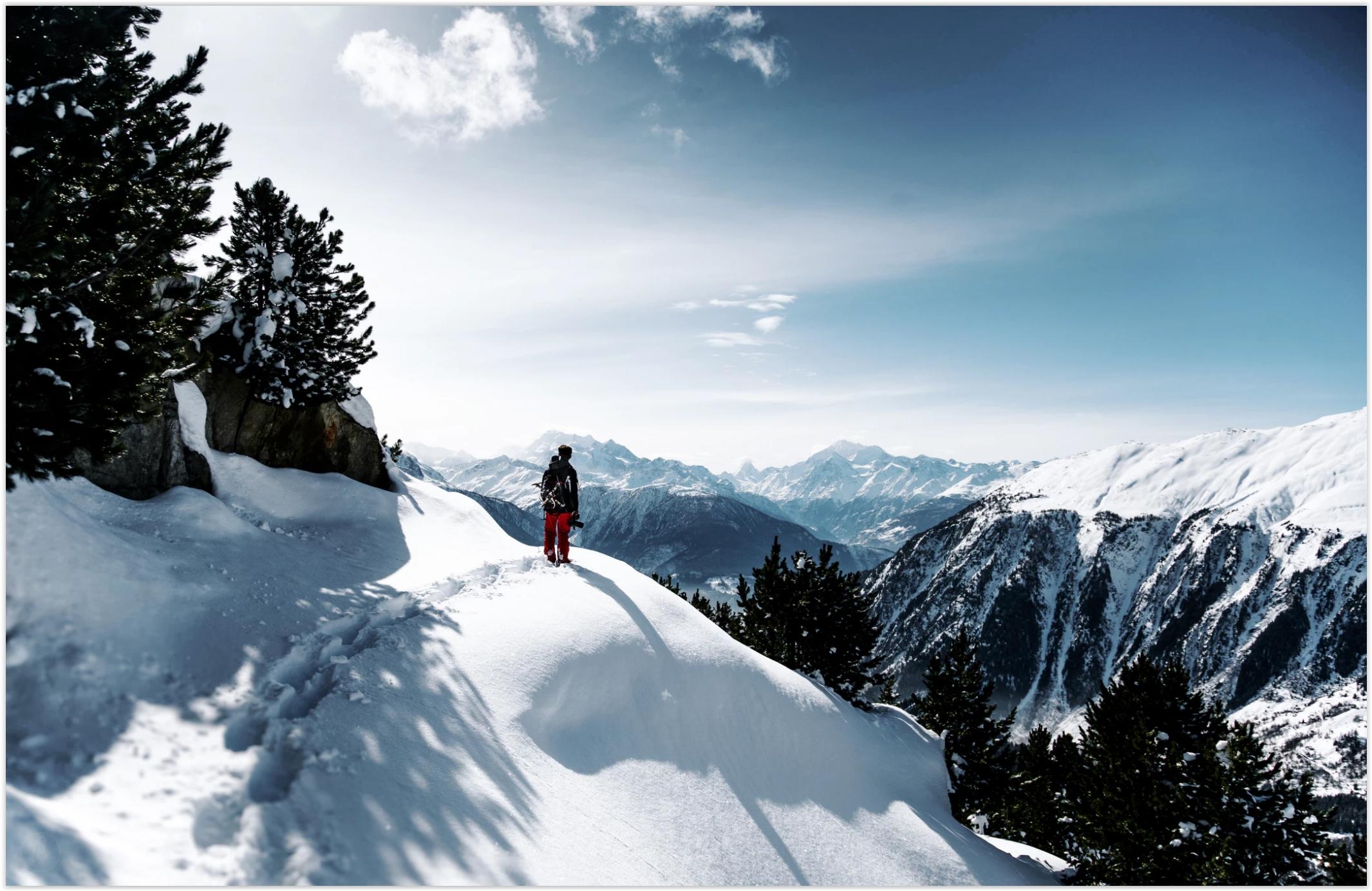 Snow Wanderer Beautiful Snowy Mountains Wallpaper Gadget State
